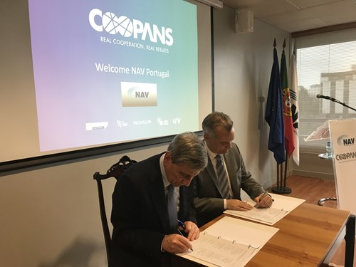Jorge Ponce Leão, President of NAV Portugal and Thomas Hoffmann COO of Austro Control and Chairman of the COOPANS Alliance Board at the signing ceremony on March 14 in Lisbon